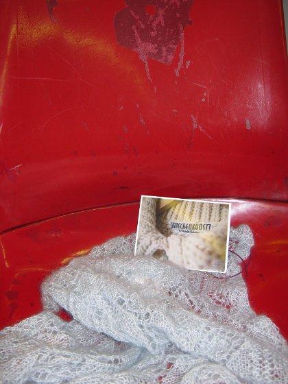 Maschenkunst Unterwegs in der Straßenbahn