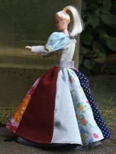 Kleid für Ankleidepuppe
