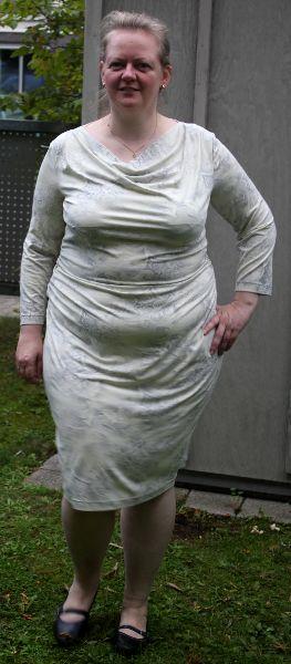 Kleid nach Burda 6785 von vorne