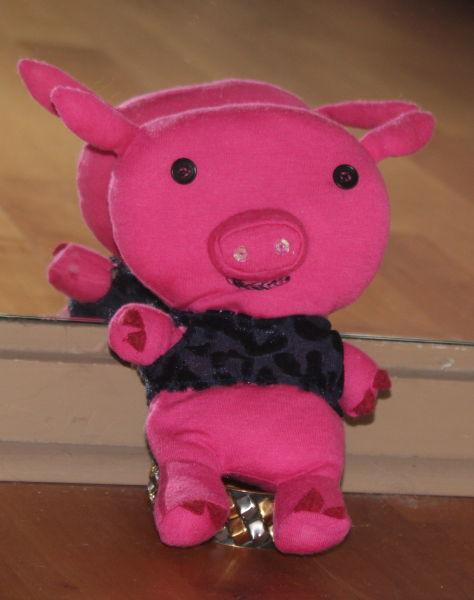 genähtes Schweinchen in pink