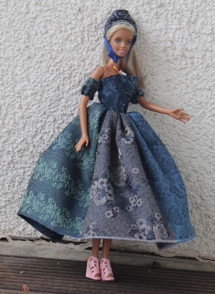 Seidenkleid für Barbie
