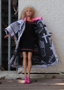 Kleid mit Mantel für Ankleidepuppe
