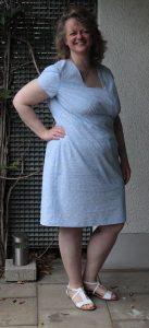 helblaues Sommerkleid