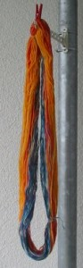 gefärbter Wollstrang
