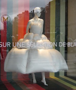 Schaufenster in Paris.