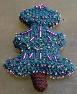 Gestrickter Weihnachtsbaum