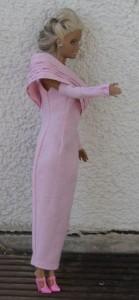 Barbie in rosa, Seitenansicht