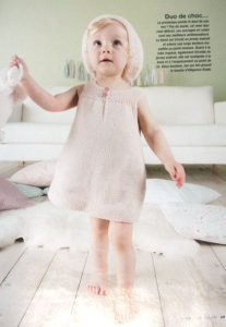 gestricktes Babykleid